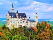 germany_schwangau_castle-neuschwanstein-in-bavarian-alps-mountain_shutterstock_365421248