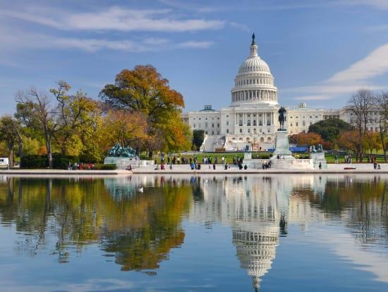 USA_Washington_DC_US_Capitol_Building_Autumn_shutterstock_120159808