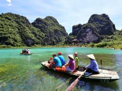 trang an landscape complex UNESCO boat ride
