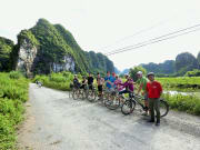 hoa lu ancient capital bike tour