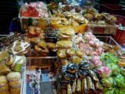 Jajanan-Pasar-Various-snacks-at-the-market
