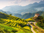 Muong Hoa Valley_shutterstock_154441343