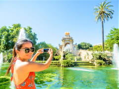 Barcelona, Gaudi, Water scenery, Girl