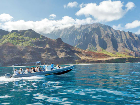 Holoholo Speedboat Snorkel At Na Pali Coast Explore Sea