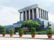 Vietnam_HoChiMinh_Mausoleum_shutterstock_449720002