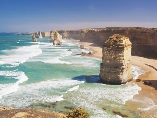 Australia_Twelve Apostles_shutterstock_269010749