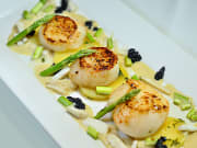 JAPANESE SCALLOP WITH CAVIAR