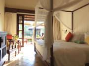 Garden_View_Room_-_Bedroom_[7517-ORIGINAL]
