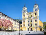 St._Michael_Mondsee_Salzkammergut_church