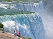 USA_NewYork_Canada_Ontario_Niagara_Falls_shutterstock_490049155