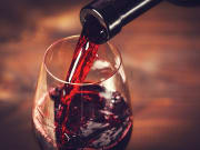 France_bordeaux_wine_shutterstock_370977980