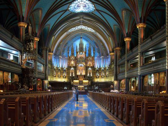 Canada_Montreal_NotreDame_shutterstock_92712943