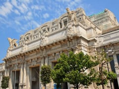 Italy_Milan_Milan-Central-Station_shutterstock_166184741