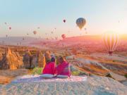 Turkey_Cappadocia_Balloon_Sunset_shutterstock_1013900140