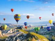 Turkey_Cappadocia_Balloon_Shutterstock_562843438