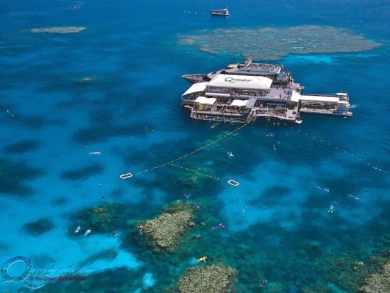 outer-barrier-reef-pontoon-platform-aerial-AgincourtReef