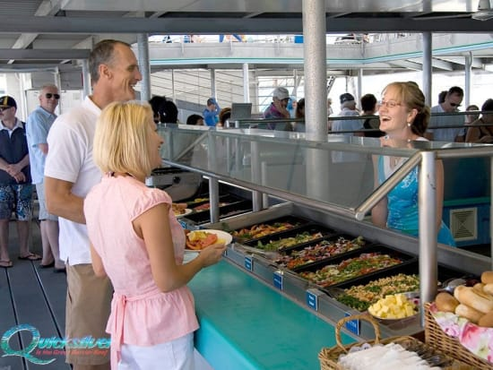 outer-barrier-reef-pontoon-platform-lunch-buffet