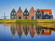Netherlands_Marken_Traditional_Houses