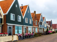 Netherlands_Holland_Volendam_Houses