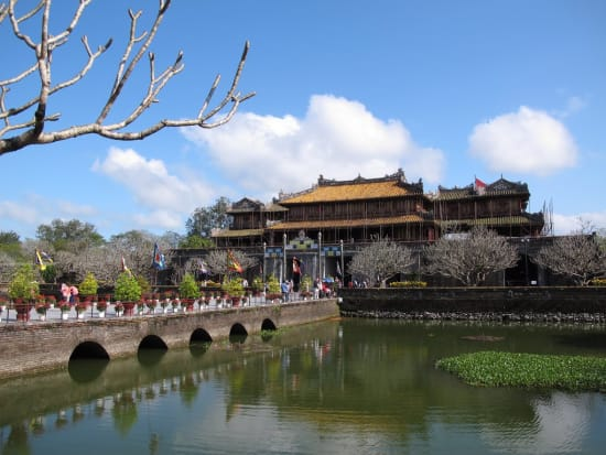 chan may port shore excursion to hue city