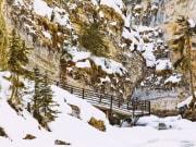 Canada_Banff_Johnston Canyon_shutterstock_136269470