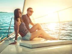 USA_Mexico_Catamaran-Sail_shutterstock_732288847