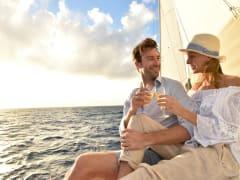 USA_Mexico_Sunset-Sail_shutterstock_357692345_rsz