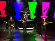 Las Vegas_Saxe Theater_Beatleshow Orchestra