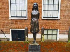 Netherlands_Amsterdam_Anne_Frank_STatue