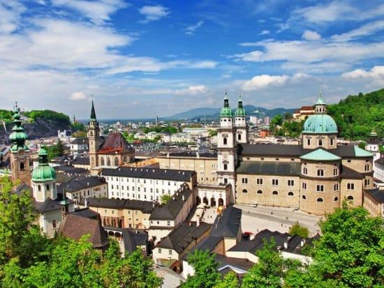 Austria_Salzburg_Cityscape_123RF_20340347
