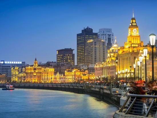 China_Shanghai_The_Bund_Night_Cityscpe_shutterstock_437231482