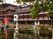 China_Shanghai_ ShanghaiYuyuanPark_shutterstock_374797300