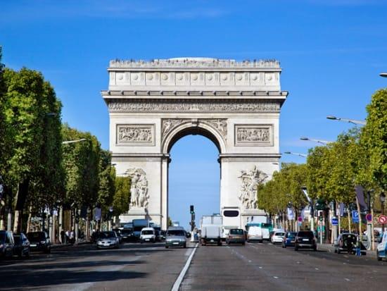Paris_Arch-de-Triomphe_shutterstock_118890100