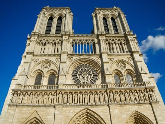 Paris_Notre-Dame-Cathedral_shutterstock_625913519