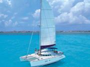 Mexico_Cancun_Large Catamaran