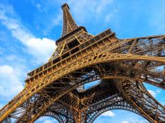france_paris_wide-shot-of-eiffel-tower