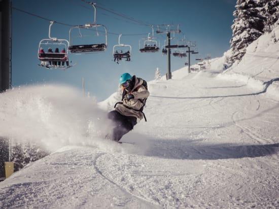 Canada_Lake Louise_Kicking Hourse Resort_shutterstock_393073705