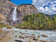 Canada_British-Columbia_Yoho-National-Park_Takakkaw-Falls_shutterstock_410581837