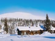 Finland_Lapland_snowy-landscape_shutterstock_1054597997