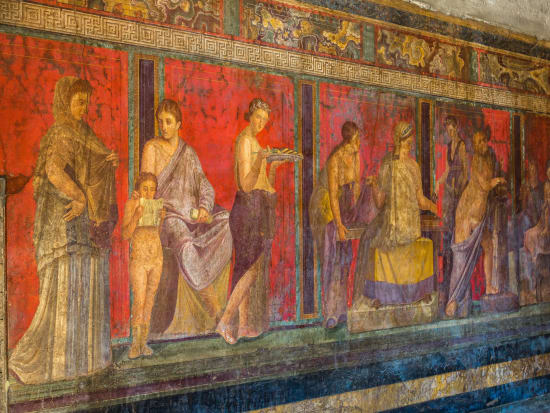 Italy_Naples_Pompei_Painted_Wall_shutterstock_346668917