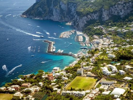 Italy_Capri_Island_shutterstock_539772259