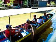 Damneon Saduak floating market long tail boat ride