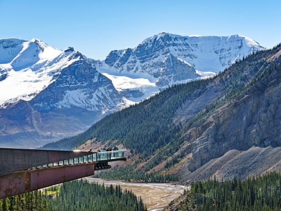 Canada_Alberta_Jasper-National-Park_Glacier-Skywalk_shutterstock_605978216