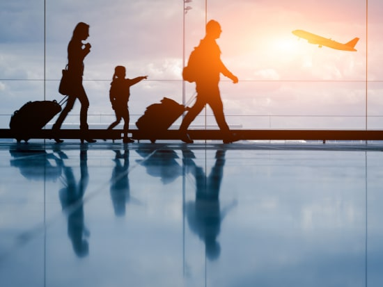 Airport_Airplane_Family_Travel_Transportation