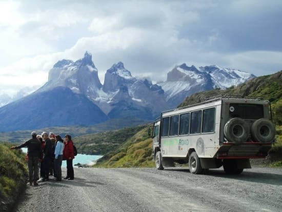 Torres del Paine National Park Guided 4x4 and Hiking Tour