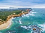 Australia_Melbourne_Sorrento_Beach_shutterstock_625695392