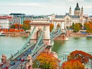 Hungary_Budapest_Chain_Bridge_shutterstock_162074663