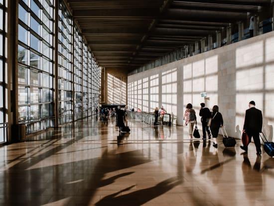 hotel to hobart international airport
