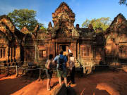 Cambodia_Angkor_Banteay_Srei_Temple_shutterstock_325445360