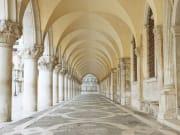 Italy_Venice_Doge-Palace_shutterstock_503362966(1)